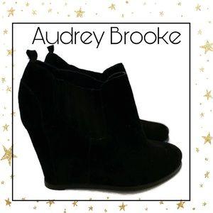 Audrey Brooke Black Suede Leather Wedge Booties 10